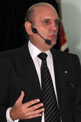 César Romão